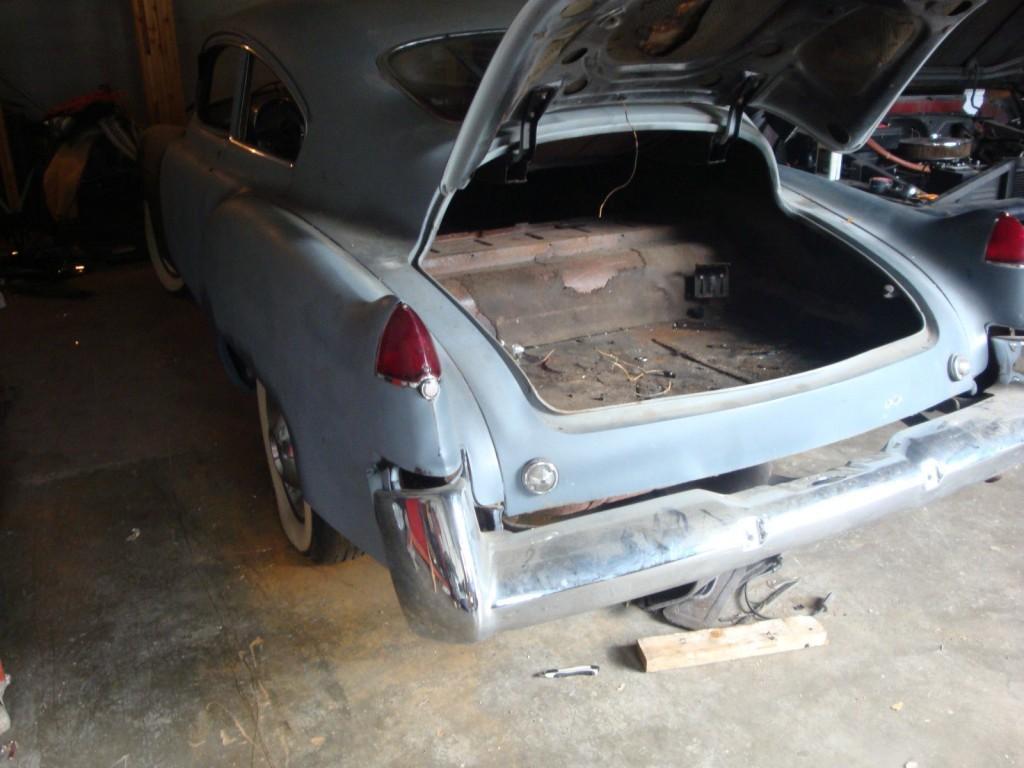 1948 Cadillac 2D sednett