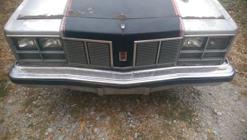 1977 oldsmobile delta 88 royale indy 500 festival pace car barn find for sale. Black Bedroom Furniture Sets. Home Design Ideas