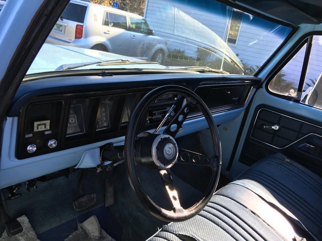 1975 Ford F 250 barn find