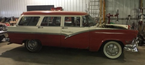 1956 Ford Country Sedan barn find for sale