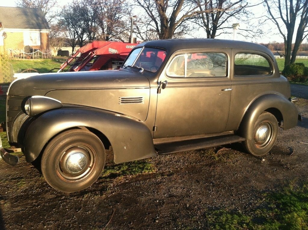 1939 Pontiac 2 door Sedan Original Survivor barn find