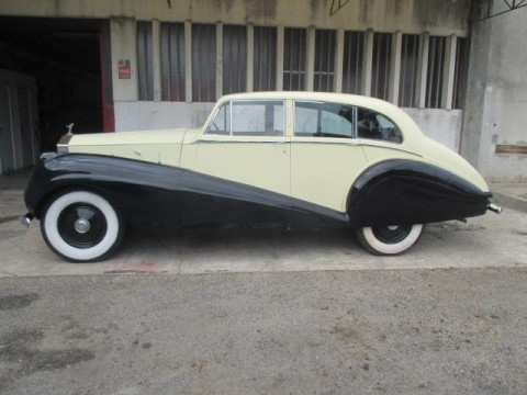 1951 Rolls Royce Silver Wraith 6 light saloon coachwork by Park Ward for sale