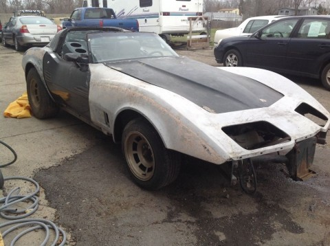 1982 Chevrolet Corvette barn find project for sale