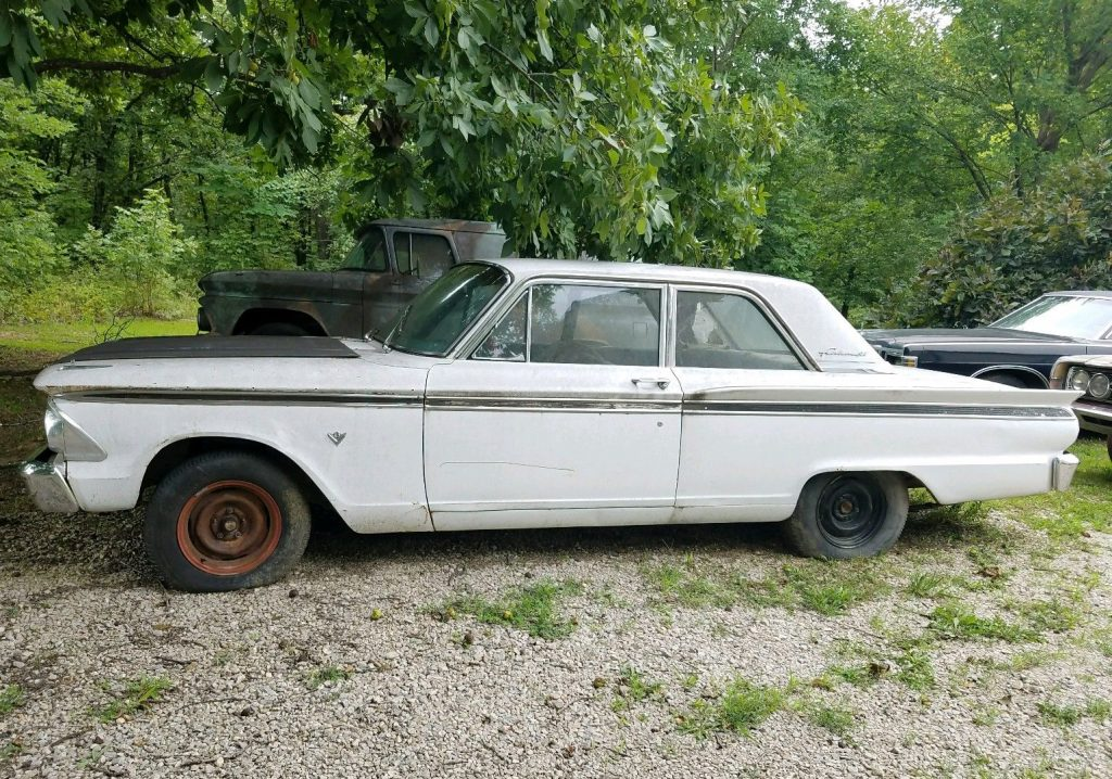 1963 Ford Fairlane 500 Project Barn find