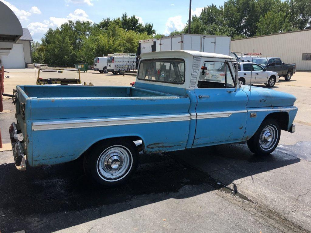 1966 Chevrolet C-10 Custom Fleeside Short bed