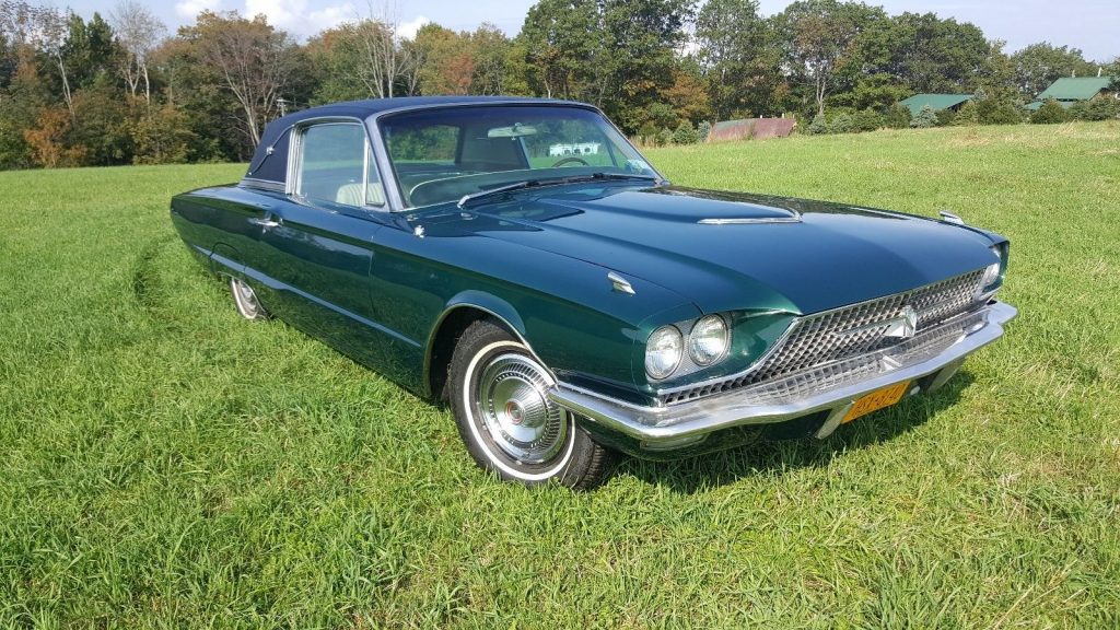 Barn find 1966 Ford Thunderbird Landau