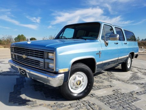 1984 Chevrolet Suburban – in very good condition for sale