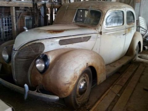 1938 Ford Tudor Deluxe Barn Find for sale