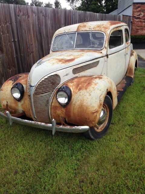 1938 Ford Tudor Deluxe Barn Find
