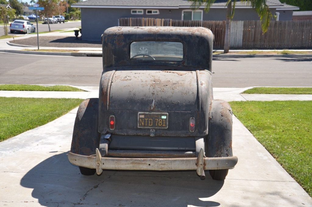Barn find 1932 Ford Coupe Original Paint and Parts!!