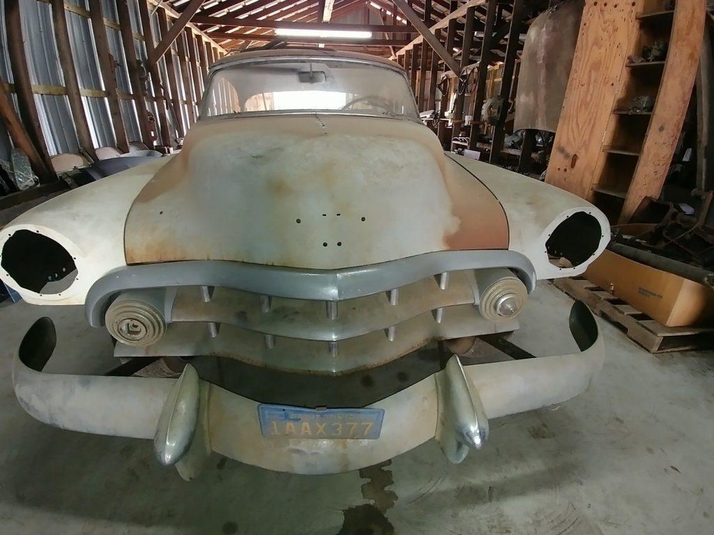 1951 Cadillac 2 door fard top 61 Series