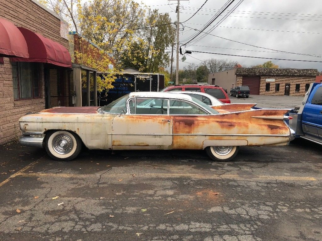 1959 Cadillac Coupe Deville Barn Find !! Great Color Combo